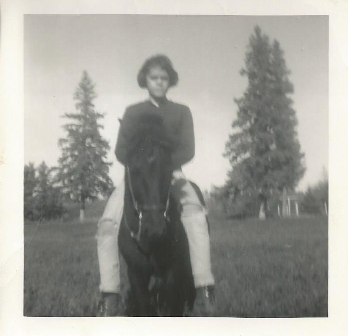 Janet-riding-Billy-Brook-Park-MN-1968